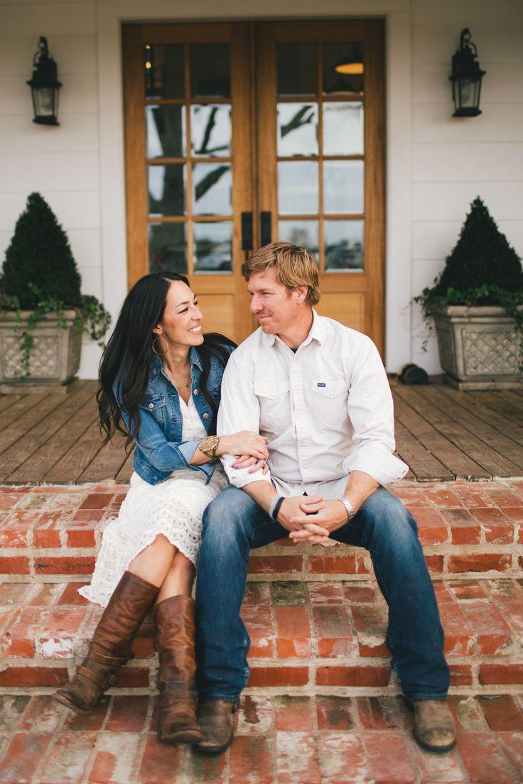 Jo Jo & Chip Gaines - Fixer Upper - Hgtv - Magnolia Homes