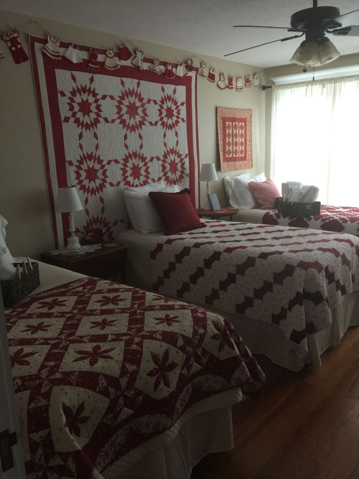 2737 Best Decorating With Quilts Images On Pinterest