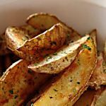 Patates grecques : ajouter au mélange le jus d'un quartier de citron