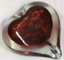 Lovely glass heart, a great goft for a loved one!