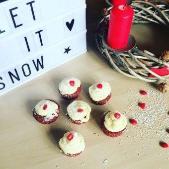 Red velvet cupcakes  au chocolat blanc et au coco