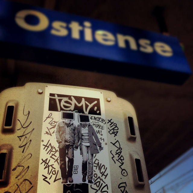 Ella street art rome @osttirnde station