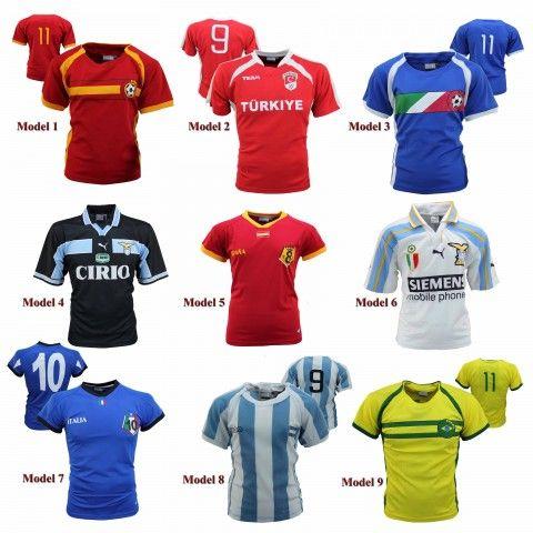 Voetbal Shirts Kids       Voetbal shirts Kids     Diverse landen     Materiaal: 100% Polyester     Levertijd: 2     Van: €49,95 ...