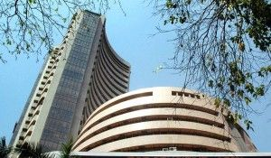 Bank Nifty Tips : The S&P BSE Sensex slided over 100 pts on today tracking weakness seen in other Asian markets. While the Nifty50 also started on a weak note & broke below its critical psychological level of 8250.