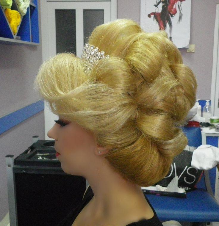 2200 beautiful hair and make