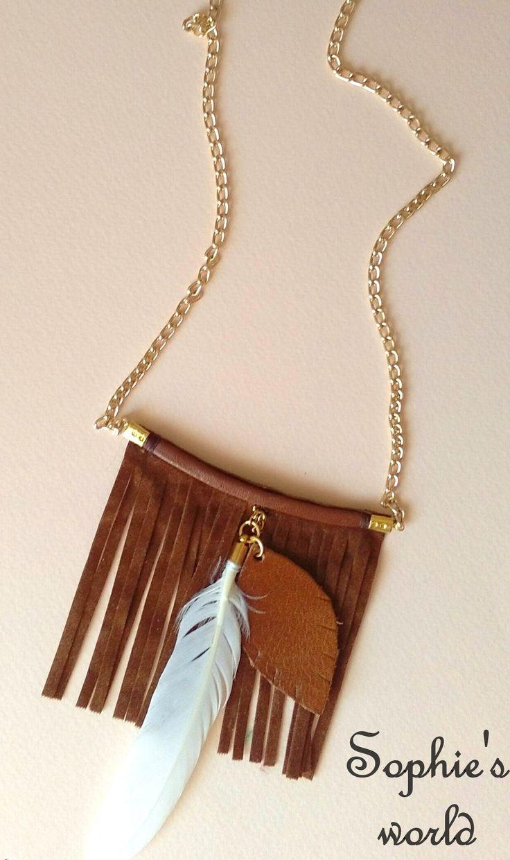 μακρύ κολιέ με σουέτ καφέ κρόσσια, δερμάτινο φύλλο & φτερό  handmade suede feather necklace https://www.facebook.com/Sophies-world-712091558842001/