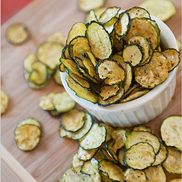 Salt and Pepper Zucchini Chips Recipe Lunch, Snacks with zucchini, salt, pepper, olive oil, apple cider vinegar