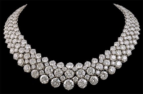 Diamond Necklace, Harry Winston. - if my future husband loves me, he will buy me this.