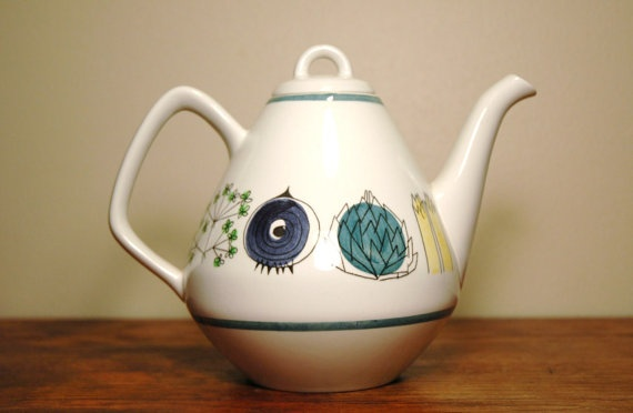 Rörstrand Picknick Teapot $120