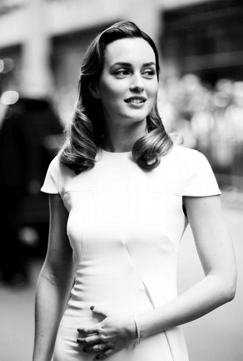 I can't get over how beautiful Leighton Meester is. Mr. Brody is so lucky.