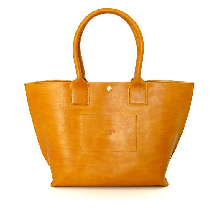 Tote Bag big z české kůže koňakové barvy, zapínání na druk
