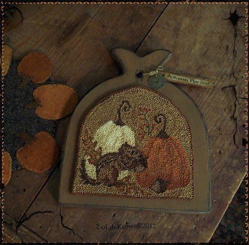 AuTumn HarvesT- PrimiTive Punch NeedLe OriginaL Chipmunk Pumpkins FaLL Hornbook | eBay
