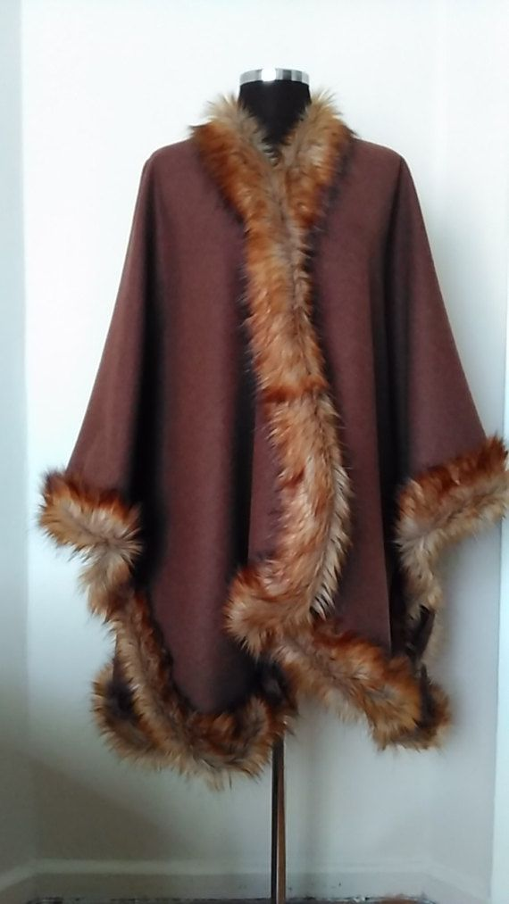 Wool Poncho with faux fur trim        Long Maroon&Brown Cape    Womens Clothing Oversize Outwear  HandmadebyNadya #onesizefitsmost #classyandfashionable #womenstyle