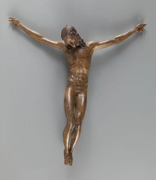"""Christ en croix """"l'œuvre d'un artiste florentin de grand talent, créée autour de 1500"""".  Louvre"""
