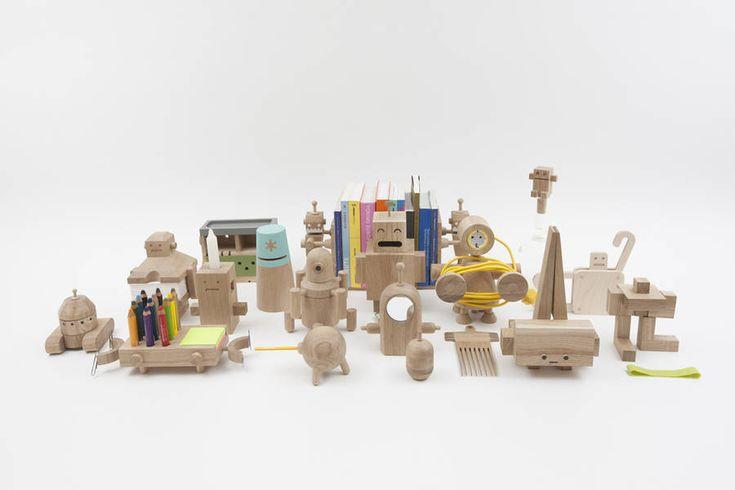 Little Wooden Robots as Daily Objects – Fubiz Media