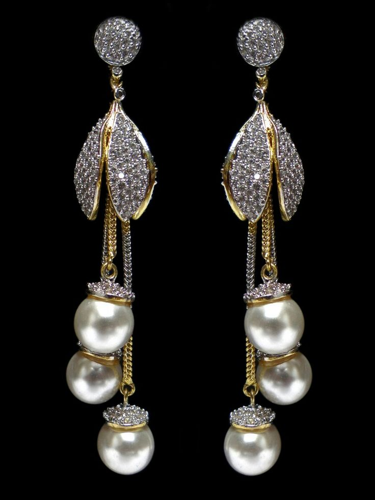 Beautiful Diamond and Pearl earrings / fushia design