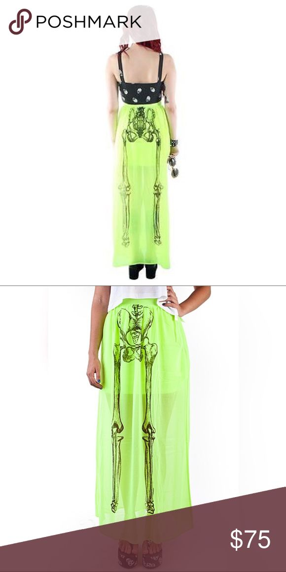 Iron Fist Them Bones Maxi GORG high waisted maxi by Iron Fist. Bones on front and back. Size M. NWT. No longer available/H2F esp in this color! SUPREMELY BAD AZZ DRESS 💚💀💚☠️💚 Iron Fist Dresses Maxi