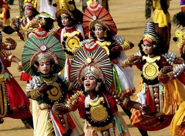 L' Índia celebra la seva constitució en 1950.  #Escolars #Desfilada #ONU #Celebració #República #Bangalore #Índia