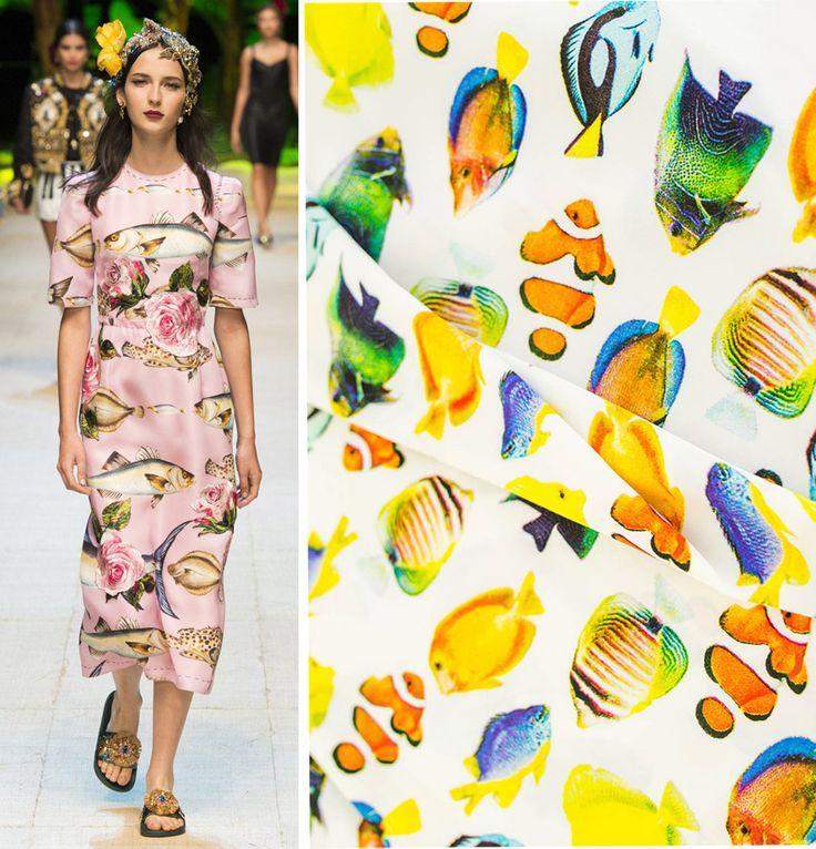 Плательные ткани с принтом рыбы. Модель от Dolce&Gabbana. Ткани от Идея
