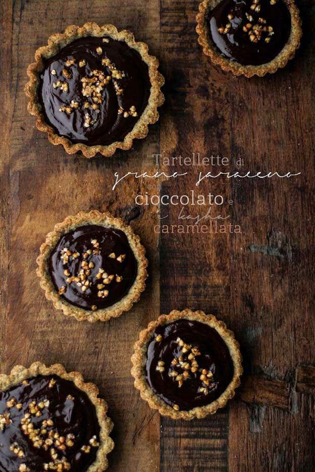 ... tartellette di grano saraceno, con ganache al cioccolato e Kasha caramellata ...
