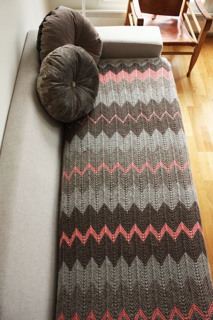 Chevron blanket. Re-cover the couch cushion :)