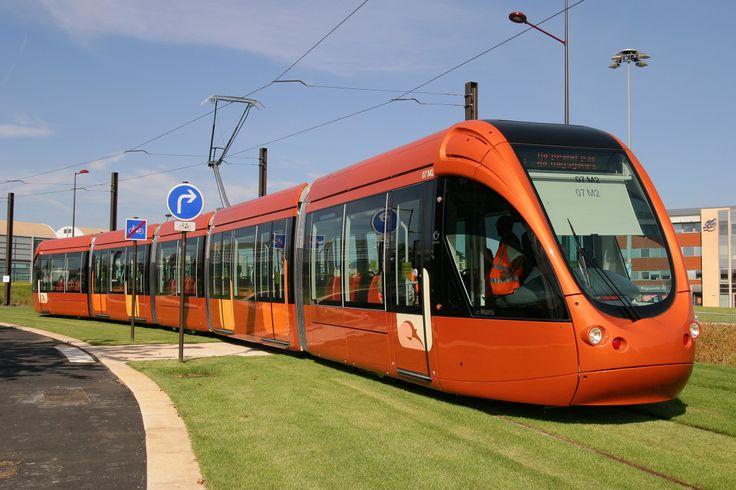 Alstom Citadis in pictures. Tramway du Mans - France. Design RCP Design Global.