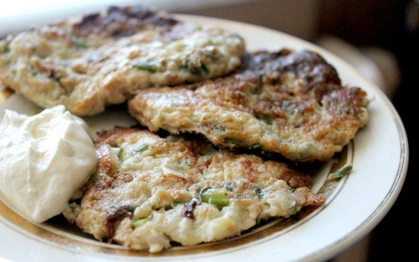 Culinary Notebook | Fritters of zucchini with chicken meat | http://recipessea.com
