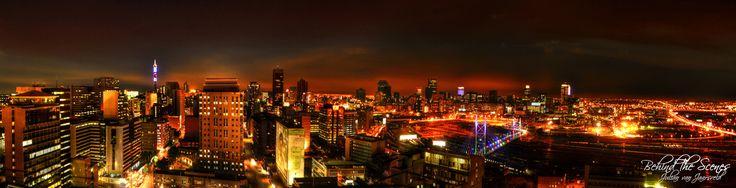 Jo'burg by night by Julian van Jaarsveld on 500px