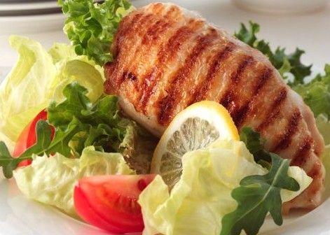Η μείωση της κατανάλωσης φαγητού κατά 600 θερμίδες την ημέρα μπορεί να βελτιώσει τη μνήμη και τη μάθηση, σύμφωνα με μία νέα μελέτη.