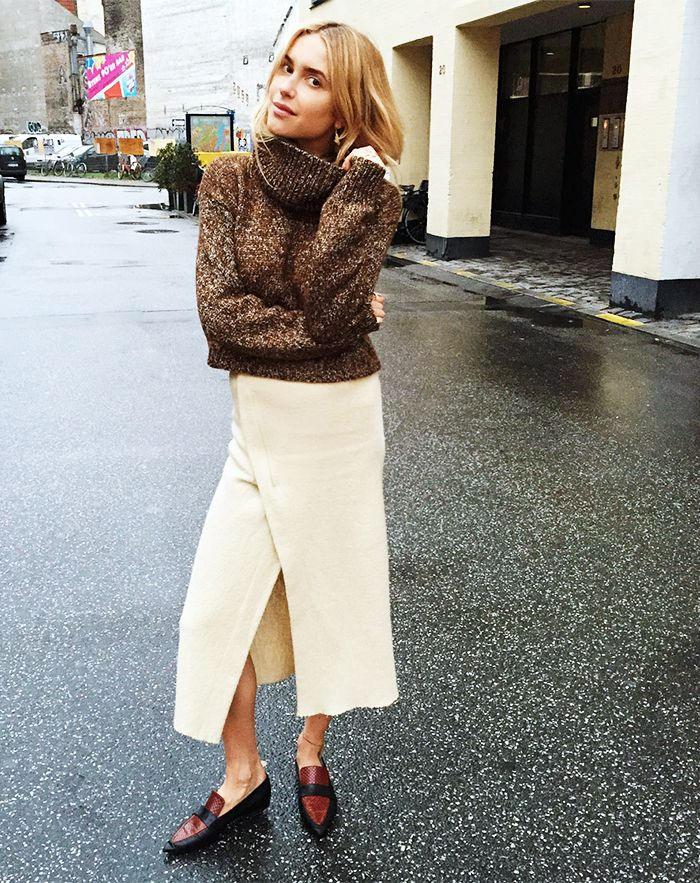 15+Comfortable+(And+Cute!)+Thanksgiving+Outfit+Ideas+via+@WhoWhatWear