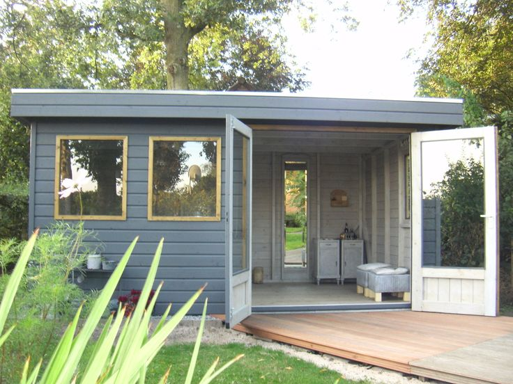 Super om zo'n heerlijke ruimte in je tuin te hebben ! Op maat gemaakt tuinkantoor/atelier van Jan de Boer Tuinhuizen