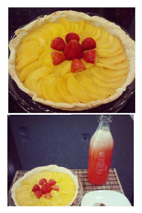 Tarte de pêssego e Limonada de Morango