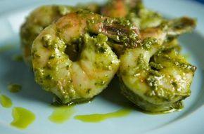 Γαρίδες με σάλτσα πέστο