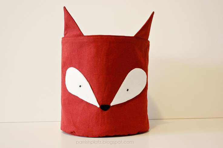 Via: parrishplatz.blogspot.com: Woodland Fabrics, Foxes Buckets, Parrishplatzblogspotcom, Parrish Platz, Things Foxes, Woodland Baskets, Parrishplatz Blogspot Com, Fabrics Buckets, Foxes Fabrics