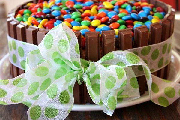 Kit Kat Cake 5