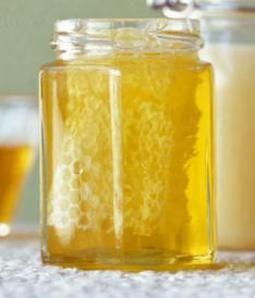 Honey Primer: Different Methods of Processing Honey - Groennfell Meadery