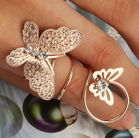 Beautiful Unique Butterfly Curl Ring
