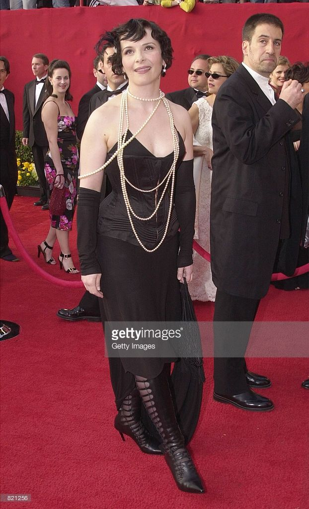 Actress Juliette Binoche arrives for the 73rd Annual ...