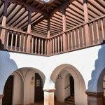 La Casa de los Estudios, antiguo colegio Mayor, fundado alrededor de 1600 en Villanueva de los Infantes, C.R. Por aqui charlarón Lope de Vega y Francisco de Quevedo grandes amigos del catedratico en el tiempo Bartolome Jimenez Paton.