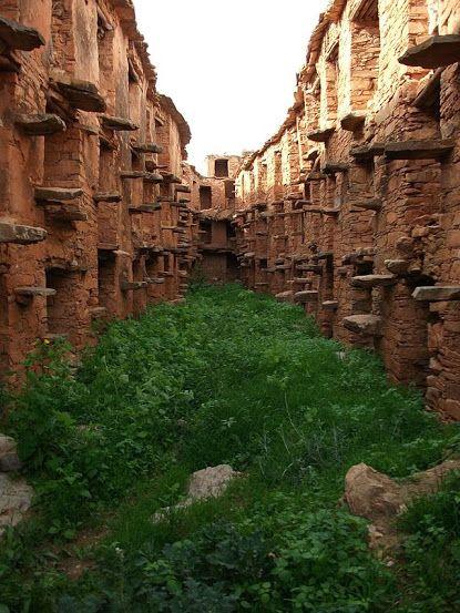 Maroc : Le grenier collectif au village Imi Mqoum dans la région d'Agadir