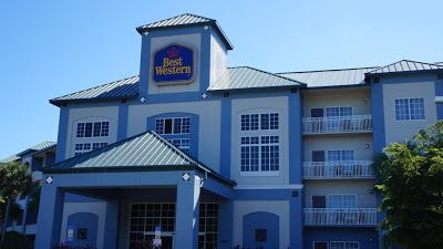 Florida Hotels Reservation: Best Western Naples Plaza Hotel