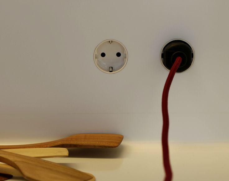 build in power outlet by german designers workshop. Black Bedroom Furniture Sets. Home Design Ideas