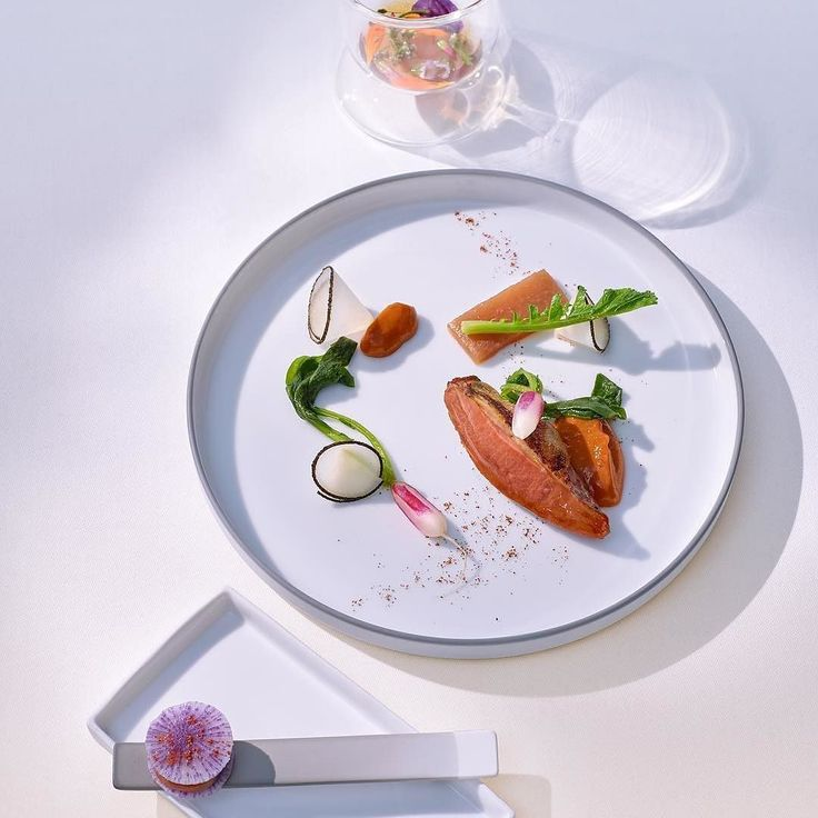 Pigeon breast with radish - new main course at La Vie by @thomasbuehner Tag your best plating pictures with #armyofchefs to get featured. #pigeon #breast #radish #michelin #plating #chefs
