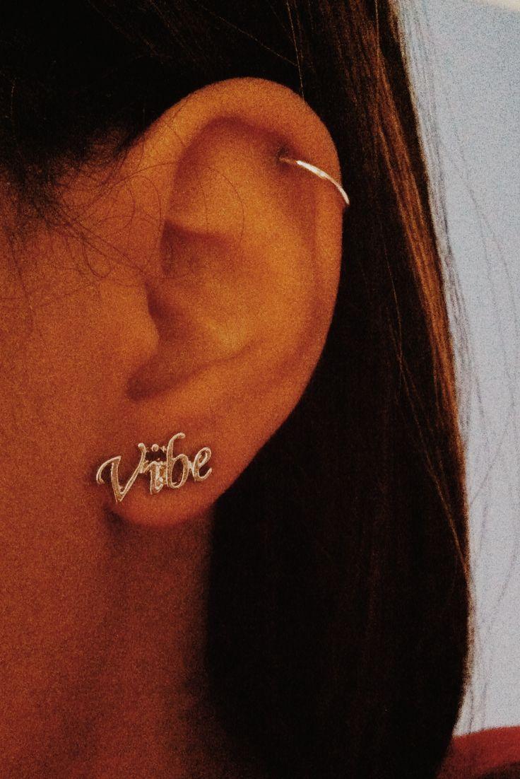Cartilage Piercing •• Hoop Earring •• Vibe Earring