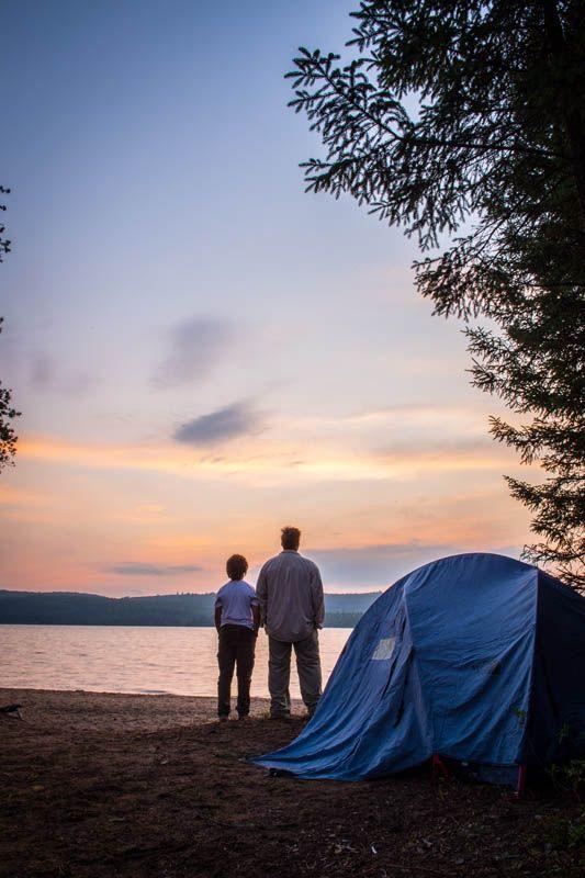 Camping au parc régional du Lac Taureau, Lanaudière, Québec.
