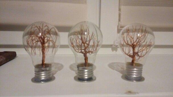Wire tree - měďené v žárovkách