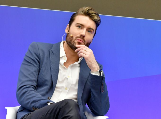 Mashable laying off 50 people as it refocuses toward tech news after fire sale to Ziff Davis