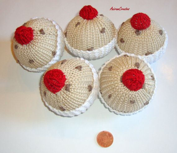 Hand Knitted '5 Currant Buns in a Baker's Shop' Soft by MooMush