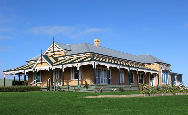 Victorian Traditional</br>San Remo Vic