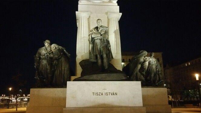 Tisza István - Kossuth tér
